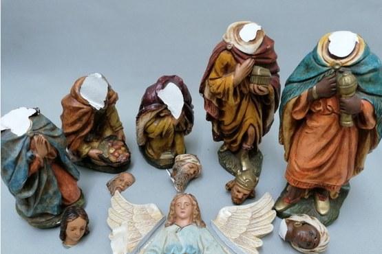 Gipsen gekleurde kerstbeelden - voor.jpg