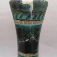 Schade aan een vaas van Gouda Plateel 4.jpg