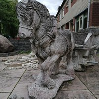 Herstellen van een stenen tuinbeeld 2.jpg